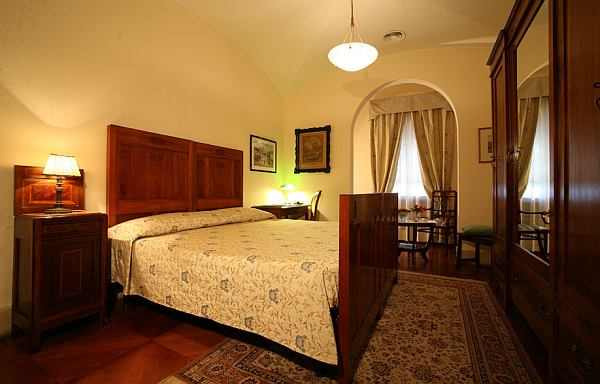 Grand Hotel Dei Castelli modern szoba