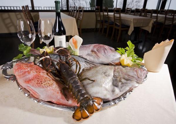 Izola - ételek és étterem