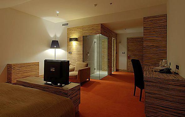Europa Hotel - modern szálloda dizájn 5*****