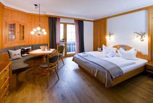 Mittelberg szálloda + wellness