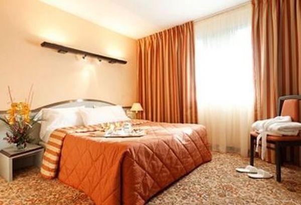 Saint-Ouen hotel szállás