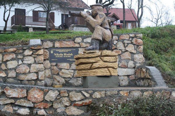 Seliste_Dreznicko szobor