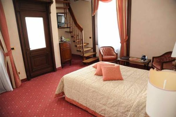 Camin Hotel Luino - hálószoba