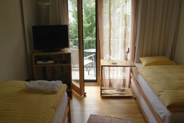 9 m²-es szoba erkéllyel