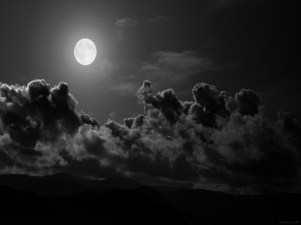 http://luxehdwallpaper.com/wallpaper/2012/10/black-and-white-clouds-night-moonlight-1400x1050-hd-wallpaper.jpg