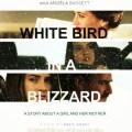 Biały ptak w zamieci