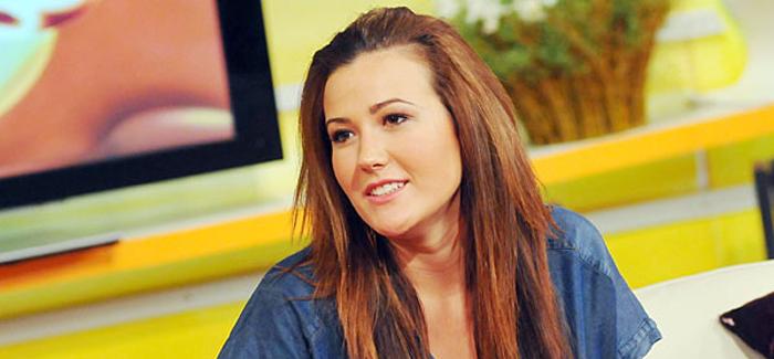 Janicsák Veca erre készül párjával, nyilatkozott a kislányáról is