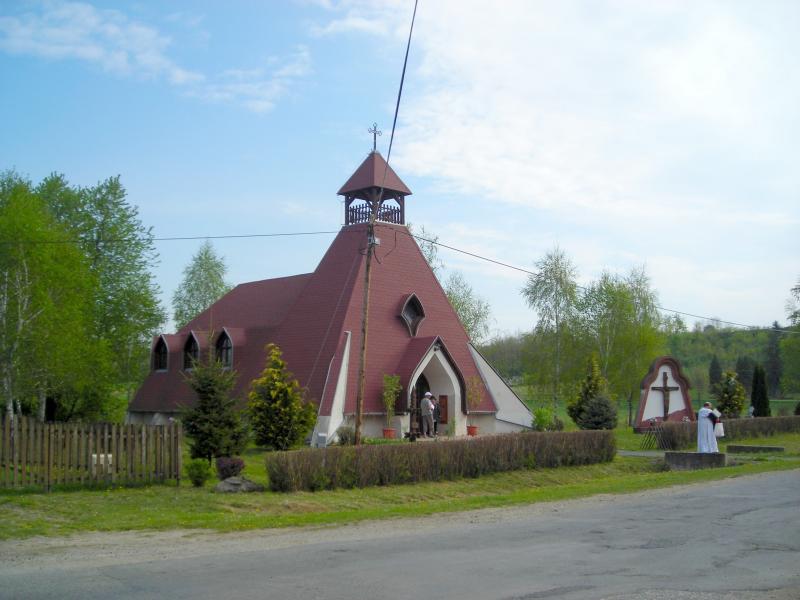 Mikekarácsonyfa - Hétfájdalmú szűzanya templom