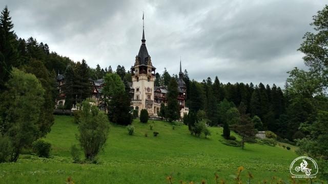 Pałac Peles, atrakcje Rumunii