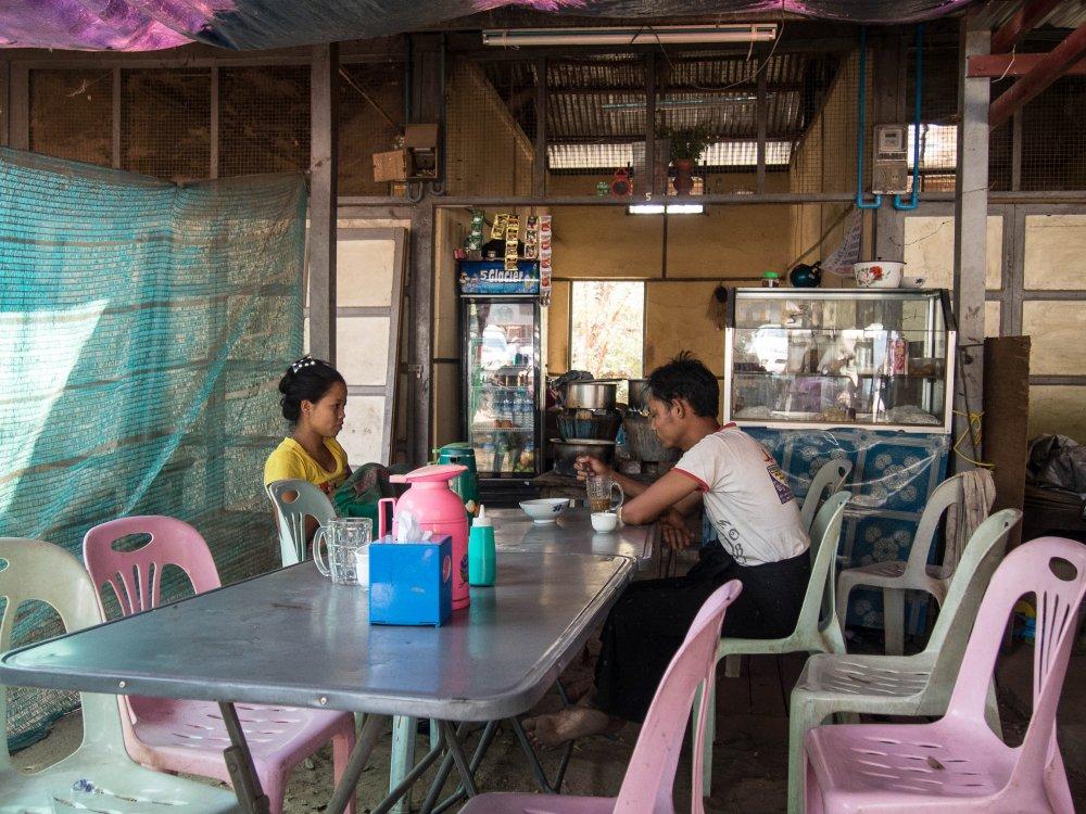 gdzie jadać w Birmie, knajpy w Myanmar