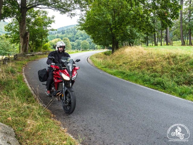 ciekawe trasy motocyklowe, Yamaha Tracer 700