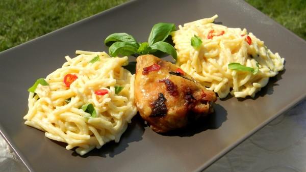 Chilis-bazsalikomos csirkecomb spagettivel b