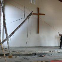 Reinard ötlete révén egy darabban sikerült kibontani a legnagyobb ólomablakot