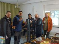Behring Hervig (jobbról a második) lelkész úr minden nap 11 órakkor kávéval és szendviccsel lepett meg bennünket