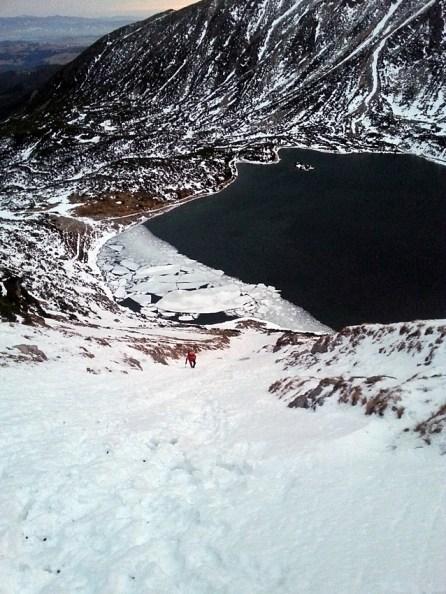 Czarny Staw Gąsienicowy - podejście na przełęcz Karb
