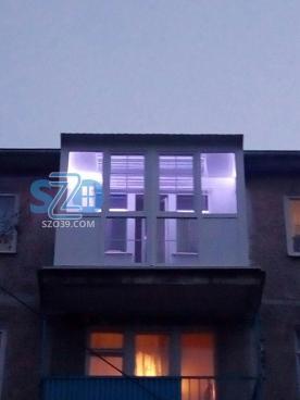 Балкон с крышей, ул.Пионерская, г.Калининград