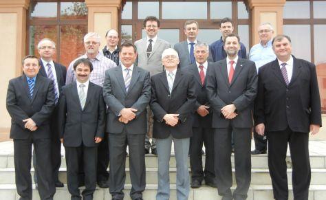 A MABAVISZ-konferencia résztvevői és a szombaton jelen lévő öt magyarul beszélő szlovákiai lelkipásztor