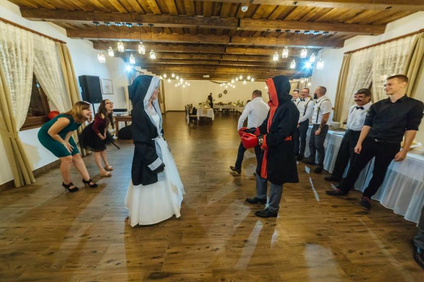 Szőlősi Zsombor | Portré és Esküvő Fotózás Debrecen, Zsindelyes Cottage
