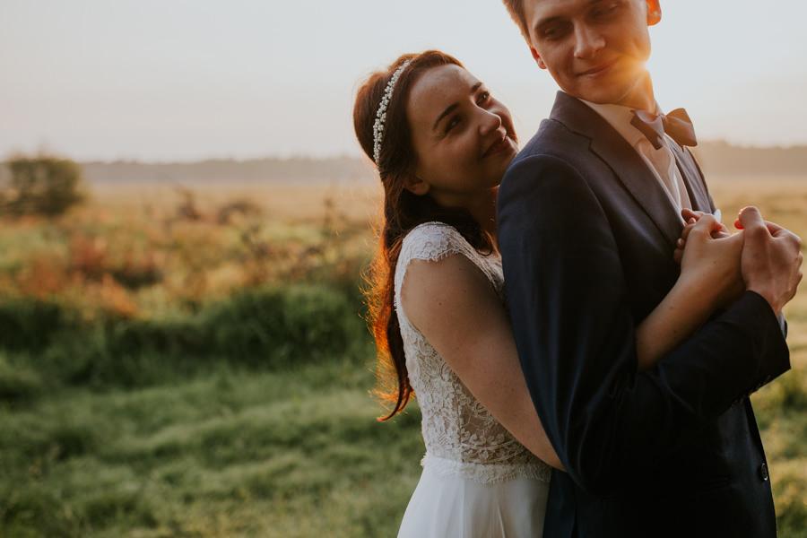 naturalny plener ślubny