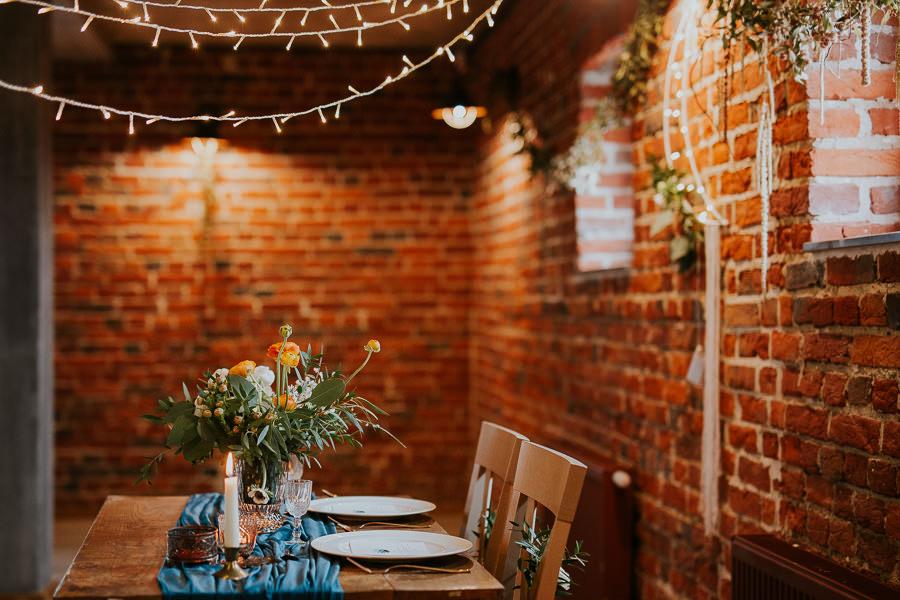 rustykalna dekoracja stołu