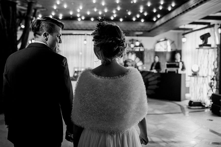 wejście na sale szczyrk fotografia ślubna