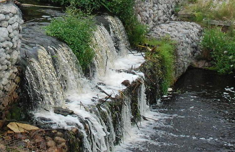 woda strumień
