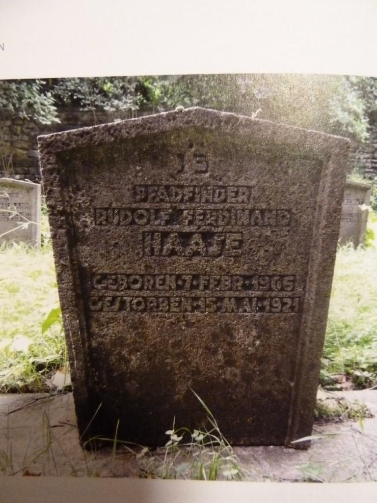Grob Rudolfa Haase