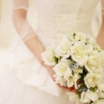 メーガンマークルのウエディングドレスはジバンシィ!値段が気になる