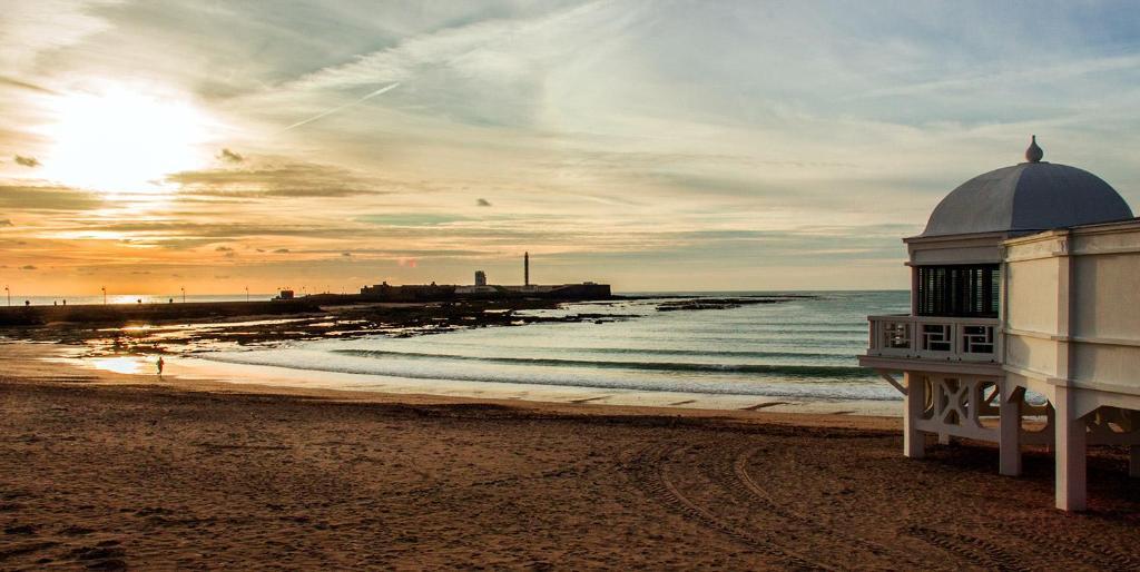 Resultado de imagen de caleta Cádiz
