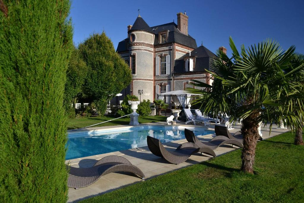 Chateau Du Mesnil La Vieille Lyre Tarifs 2019