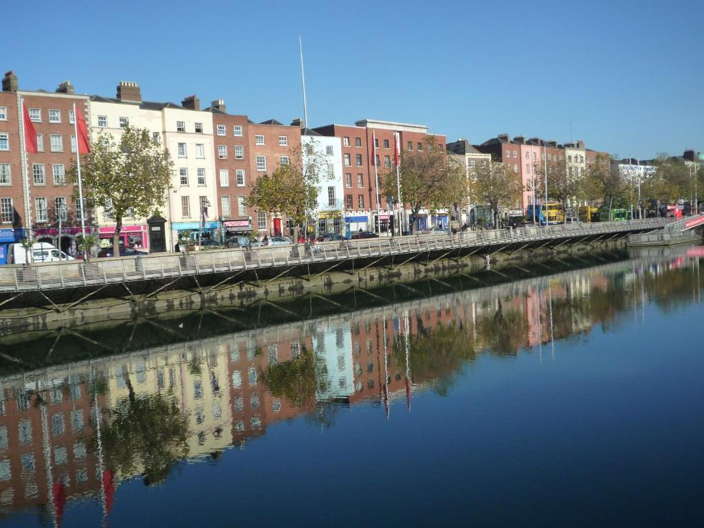 Halfpenny Bridge Holiday Homes Dublin Ireland