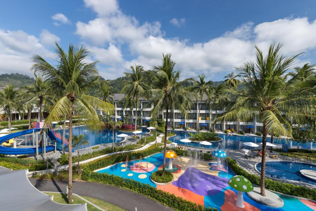 X10 Khaolak Resort