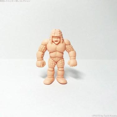 199 アイアン・スウェットを着た超人