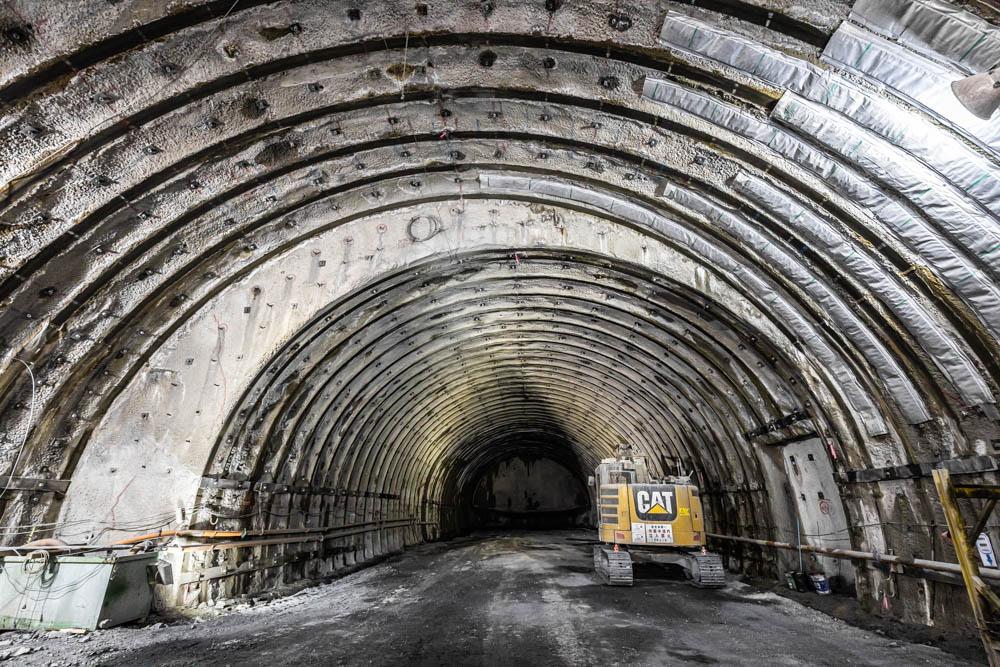 トンネル工事現場の撮影