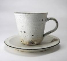 5寸リム皿:直径約15.0cm×高さ2.2cm