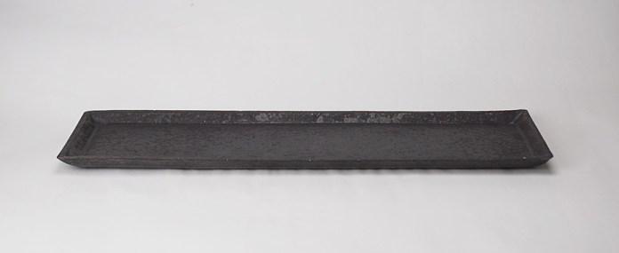 縦約12cm×横約43cm×高さ1.8cm
