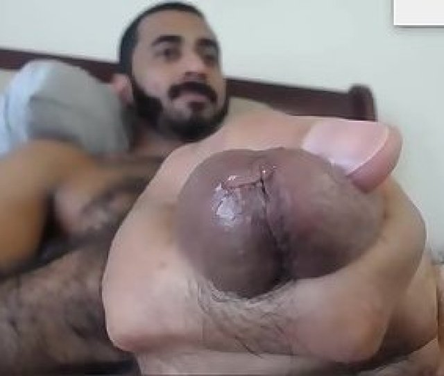 Sexy Hairy Arab Stud Jerking Off