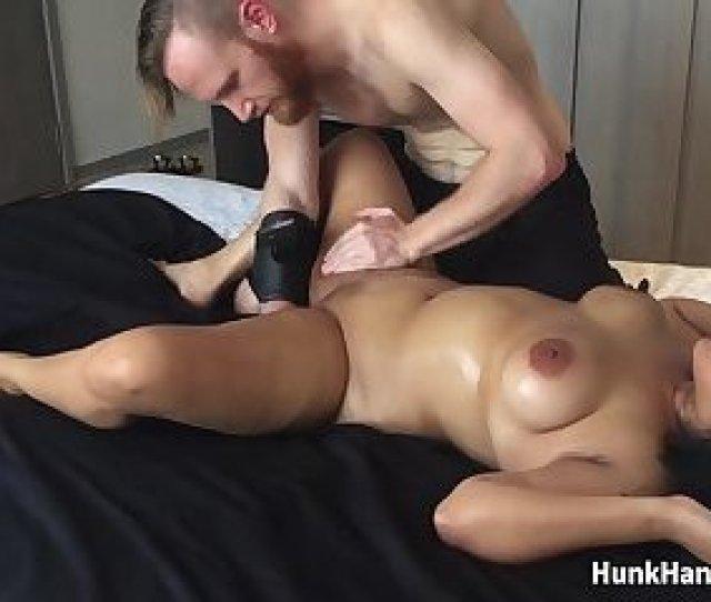Yo Asian Amateur Gf Choked Squirts Big Ass Real Massage Singapore Hotel
