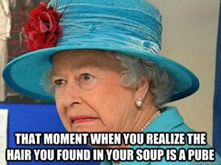Elisabetta II indignata