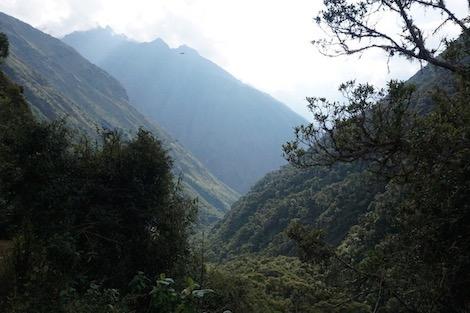 الطريق إلى ماتشو بيتشو قلعة العمالقة بالبيرو تناطح