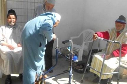 maroc_vieux_centre_192426872 تقرير رسمي يكشف هشاشة الخدمات الاجتماعية للمسنين المغاربة Actualités