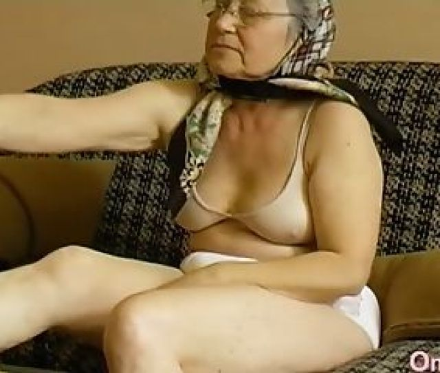 Horny Grandmother Playing Her Hairy Cooter