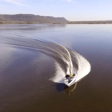 Mississippi River Boat Chase