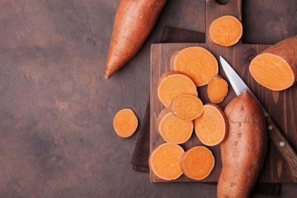 Tubers: what they are and examples - Sweet potato or sweet potato