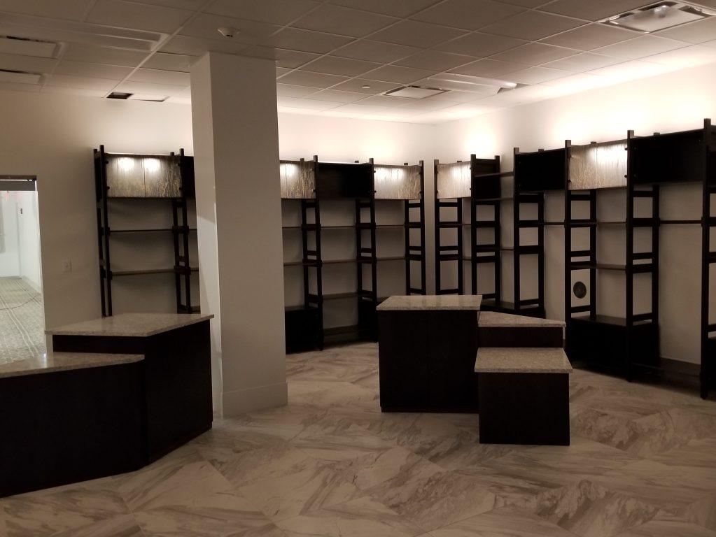 Retail shelving & tables
