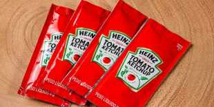 Because Americans are faced with ketchup shortages, they sell their bags online for a high price.