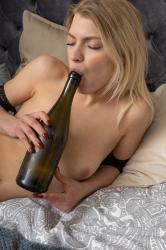 TheLifeErotic – Lesya in Bottle Up 1