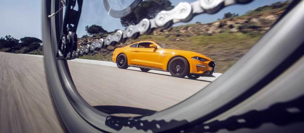 "En las ""Ruedas del Otro"" Ford Driving Skills For Life"