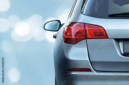 Auto im Gegenlicht