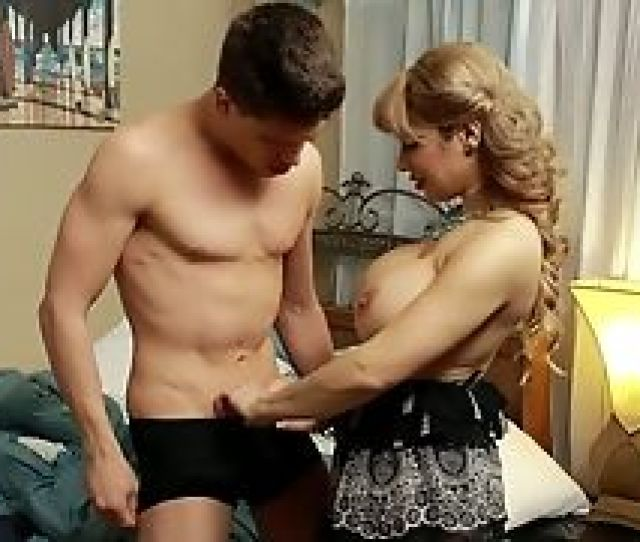 Anysex  C B This Lewd Blonde Senses Finer When She Has A Nice Dick In Her Mouth